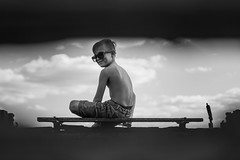 Kindheit (NEVEZ P★) Tags: nevezphotography dof nature blackandwhite bnw art fineart light sun people family bw 50mm canon bokeh childhood germany summer focus documentary sommer kindheit camera eos vacation hole smile sunglasses