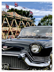 Welcome to Blighty (The Stig 2009 (On Holiday)) Tags: croxley green cars classic american vintage cadillac black union jack flag flying carters steam fair coupé thestig2009 thestig stig 2009 2018 tony o tonyo