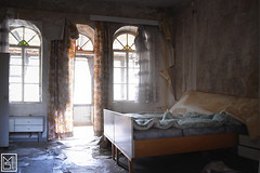 (mir12996) Tags: marode abandoned lostplace decay forgotten trip abaissement désintégration ruin bed scary old retro thinks decor fear