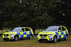 Two Of A Kind (S11 AUN) Tags: wiltshire wilts police bmw x5 xdrive30d 4x4 anpr traffic car rpu roads policing unit 999 emergency vehicle triforce wx17hyl wx17hyy