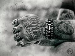 Memento Mori (davcsl) Tags: bw blackwhite biancoenero blackandwhitephotosonly davcsl doigts gard homme hands ink nimes nîmes languedocroussillon monochrome monotones model masculin men malemodel male manos mains noiretblanc nb occitanie noiretblancblackwhite people southoffrance tatou tattoo tatoo tatouage