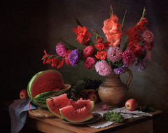 Still life with gifts of autumn (Tatyana Skorokhod) Tags: stilllife bouquet flowers asters gladioluses onthetable decor indoors