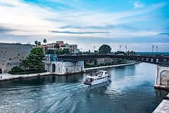 Italy - Taranto (SergioQ79) Tags: italia italy boat water sky taranto city città ponte pit