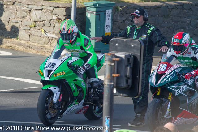Isle of Man TT 2018: 31st May Qualifying at Main Grandstand