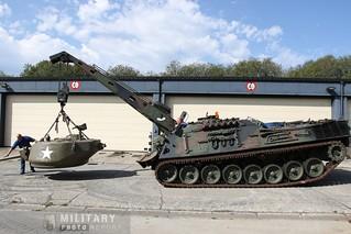 Bergepanzer en train d'avancer avec la tourelle du Sherman