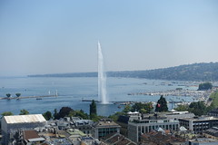 Jet d'Eau @ North tower @ Tower observatory @ Cathédrale Saint-Pierre @ Old Town @ Geneva (*_*) Tags: geneva switzerland sunny suisse geneve summer été july 2018 morning europe city oldtown vieilleville stpierrecathedral saintpierre cathedral church christian protestant calvinist calvin tower tour clocher observatory viewpoint pointdevue hauteur height walk