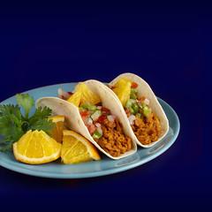 Tacos cochinita pibil (carmenmedinalopez) Tags: cochinitapibil naranja orange cilantro coriander blue food foodphotography foodstylis foodstyle mexicanfood mex estilismodealimentos madrid