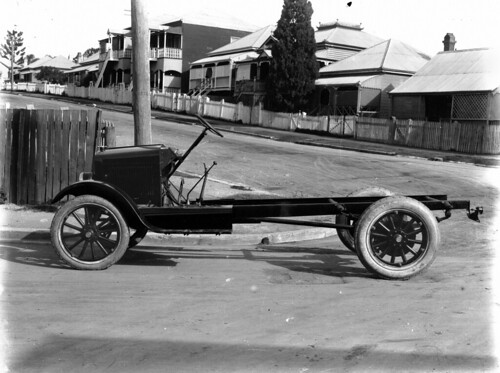 Gray one ton truck chassis imported from the USA, ca. 1922