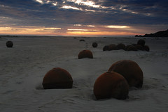 Balls (DoctorMP) Tags: lofoten norway nordland moskenesoya bunes beach ocean atlantic sea summer outdoors evening sunset