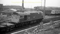 Newton on Ayr 27004 mid80's s172 (Ernies Railway Archive) Tags: newtononayrstation falklandyard gswr lms scotrail