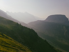 Highline Morn (α RAINYNEPTUNUS ω) Tags: westglacier montana unitedstates us