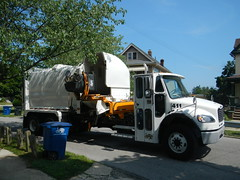 Lakewood Oh Automated Refuse Truck (Jamo1454) Tags: lakewood public works freightliner refuse packer truck newway auger