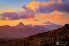 Oregon Cascades.jpg (Dan Sherman) Tags: view cascades sunset mtwashington mountains pnw mtjefferson clouds threesisterswilderness vista oregon mthood forest threefingeredjack sky oregoncascades pacificnorthwest trees