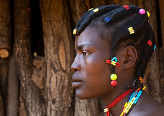 Mudimba tribe woman hairstyle, Cunene Province, Cahama, Angola (Eric Lafforgue) Tags: adult africa africanculture africantribe angola angola180216 angolan cahama colourimage cultures day developingcountries ethnicgroup hair hairstyle horizontal humanbeing indigenousculture jewellery lifestyles mudimba nonurbanscene oneperson onewomanonly ornate oshiwawbo photography portrait realpeople ruralscene tribal tribe cuneneprovince ao