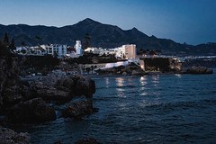 Balcón de Europa (sefor222) Tags: verja malaga españa balcón de europa paya atardecer paisaje mar spain sunset sea cielo agua roca