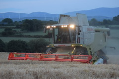 Claas Lexion 670 Combine Harvester cutting Winter Barley (Shane Casey CK25) Tags: claas lexion 670 combine harvester cutting winter barley castlelyons grain harvest grain2018 grain18 harvest2018 harvest18 corn2018 corn crop tillage crops cereal cereals golden straw dust chaff county cork ireland irish farm farmer farming agri agriculture contractor field ground soil earth work working horse power horsepower hp pull pulling cut knife blade blades machine machinery collect collecting mähdrescher cosechadora moissonneusebatteuse kombajny zbożowe kombajn maaidorser mietitrebbia nikon d7200