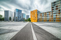 Chasseveld Breda (1) (PaulHoo) Tags: hdr chasseveld breda architecture buidling square pattern texture yellow 2018 city urban cityscape clouds contrast chasse chassepark