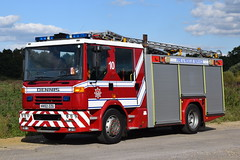 1st Defence - HV02ZZG (matthewleggott) Tags: 1st defence fire rescue engine appliance dennis sabre jdc john west sussex hv02xxg