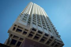(numéro six) Tags: building predio torre tour immeuble architecture arquitetura city ville cidade beaugrenelle paris france