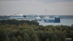 AIDAmar (Erich Kuhfeld) Tags: aidamar warnemünde breitling finsky pier7kreuzfahrtschiff warnemündecruisecenter warnowostseebad hansestadt rostock fährverkehr