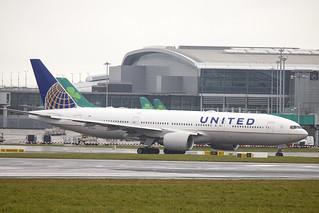 N772UA | United Airlines | Boeing B777-222 | CN 26930 | Built 1994 | DUB/EIDW 12/03/2018 | 5th 777 off production line