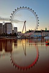 Eye Eye (Geoff Henson) Tags: londoneye london ride attraction reflection river water buildings architecture sky daybreak dawn lights longexposure