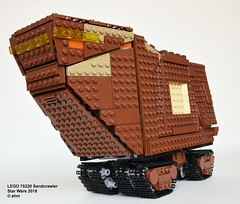 Star Wars LEGO 75220 Sandcrawler (KatanaZ) Tags: starwars lego75220 sandcrawler lukeskywalker jawas ra7 r5a2 medicaldroid lego minifigures minifigs anewhope