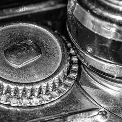 Can opener (ralf.st) Tags: makro macro cogwheel sigma105mm canopener zahnrad tinopener opener macromondays 2018 ralfstamm schwarzweiss blackandwhite monochrome monochrom