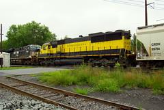 NYSW 3804 on 14R (Hank Rogers) Tags: pa pennsylvania avoca rr rail railroad train nysw newyork susquehanna western nysw3804 3804 14r sunburyline yellow unit power locomotive transportation industry industrial