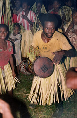 Album7-013a (Stichting Papua Erfgoed) Tags: antoonegging stichtingpapuaerfgoed pace nieuwguinea nederlandsnieuwguinea irianjaya papua papuaheritagefoundation voormalignederlandsnieuwguinea