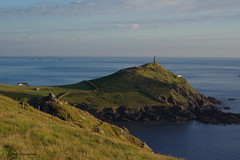 3KB06377a_C.jpg (Kernowfile) Tags: cornwall capecornwall evening hills grass bushes sky clouds lighthouse longshipslighthouse water sea reflections pentax