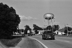 Webb City, MO (cestlameremichel) Tags: bnw minolta dynax 40 filmisnotdead ilford super xp2 400 monochrome monochromatic analog analogue analogica argentique 35mm film route 66 oklahoma illinois missouri kansas roadtrip