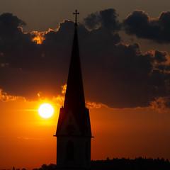 Sonnenaufgang (robert.pechmann) Tags: sonnenaufgang kirchturm allhaming