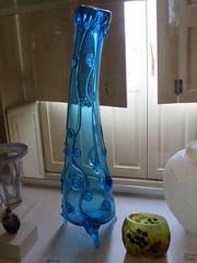 Vase (vers 1878), Jean Auguste - Musée d'Art et d'Histoire, Cognac (16) (Yvette G.) Tags: cristal jeanauguste cognac charente 16 poitoucharentes nouvelleaquitaine musée muséedartetdhistoire vase verre
