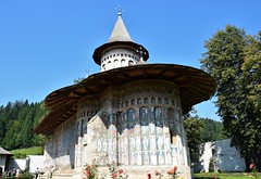Monasterio de Voroneț (Rumanía, 21-8-2018) (Juanje Orío) Tags: 2018 moldavia rumanía românia patrimoniodelahumanidad worldheritage monasterio pintura arte art iglesia church