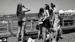 Manly pier, Sydney, summer 2016  #298 (lynnb's snaps) Tags: 35mm bw400cn c41 ltm leica leicaiiic manly sydney bw film girls leicafilmphotography kodakfilm chromogenicfilm cv35mmf25colorskoparltm 2016 summer wharf manlypier bikinis street people australia blackandwhite bianconegro blackwhite bianconero biancoenero blancoynegro noiretblanc schwarzweis monochrome ishootfilm ©copyrightlynnburdekinallrightsreserved