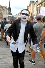 Edinburgh festival 2018. (boneytongue) Tags: edinburgh festival fringe art actress act actor acrobat actors acts busking busker crowds comedy costume dance drama dancers events flyer group historic music mile musicians musician outdoors public performance play royal theatre tragedy traditional