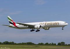 Emirates 777-300(ER) A6-ENW (birrlad) Tags: dublin dub international airport ireland aircraft aviation airplane airplanes airline airliner airlines airways approach arrival arriving finals landing runway boeing b777 b773 777 777300er 77731her a6enw emirates dubai