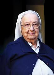 The Nun (AdrianoSetimo) Tags: freira nun cloistress sister irmã idosa elderly fillesdelacharité filhasdacaridade olympus penf 1240mm olympusmzuikodigitaled1240mmf28pro portrait retrato senhora dama