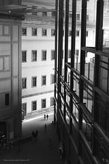 Reina Sofía Museum. Madrid (ithyrsus) Tags: nikon nikond5200 d5200 affinityphoto blackwhite blackandwhite blancoynegro bnw bw museoreinasofia madrid spanien spain spagna espanha espagne españa eu europa europe ue