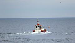 J78A0727 (M0JRA) Tags: ships cargo sea waves sand boats docks pilot spray