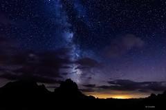 La vía láctea (Carpetovetón) Tags: montaña colladojermoso picosdeeuropa víaláctea noche estrellas torredelfriero torredelhoyodeliordes largaexposición paisaje nocturna nightphotography night fotografíanocturna cielo