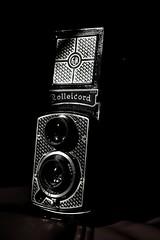 Rolleicord Art (Explore14/09/18) (Listenwave Photography) Tags: flickrelite inexplore bnw merrill foveon dp3m sigma 黑白摄影 product victar explore triotar listenwavephotography artdeco tapeten rolleicord rolleiflex