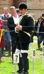 bootsservice 11 3772 (bootsservice) Tags: bottes boots ridingboots chasse hunting château castle hunter chasseur cheval horse chien dog tradition veneur vénerie normandie normandy carrouges «chasseàcourre» cavalier rider