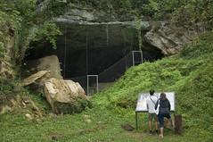 Vindija cave / Spilja Vindija (Vjekoslav1) Tags: gornjavoća hrvatskozagorje hrvatska croatia spilja cave archeologicalsite neanderthaler neandertalac spiljskičovjek nalazište dna neanderthalremains mirkomalez ostacineandertalaca pračovjek mousterian neanderthalgenome fosili fossils neanderthalgenomeproject
