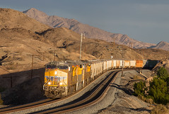 UP 8242 West at Dome 11/20/2016 (Ray C. Lewis) Tags: canitilever signal sp uniompacific gilasubdivision dome yuma arizona southern arizzona storm light first classic signals railroads trains railways transportation railfanning