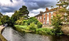 Ripon Canal (Paul Thackray) Tags: yorkshire northyorkshire ripon riponcanal waterway footpath 2018