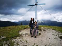 20180908Steiermark Rosenkogel09v16 Gipfel AngelikaMy RosaliaMy (rerednaw_at) Tags: steiermark rosenkogel seckaueralpen gipfelkreuz angelikamy rosaliamy