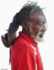 Paulo - Livingston (Luis Bermejo Espin) Tags: luisbermejoespín travel guatemala américa americanos mesoamérica garifuna etniagarifuna caribe livingston riodulce rastafari rastas bobmarley caribeguatemalteco puertobarrios bahíadeamatique retrato retratosdelmundo retratos portrait retratosdeguatemala rostros rostrosdeamérica rostrosdelmundo rostrosdeguatemala surrealismo surrealista estudio