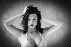 Claire (Lievinshoot) Tags: portrait brune jolie